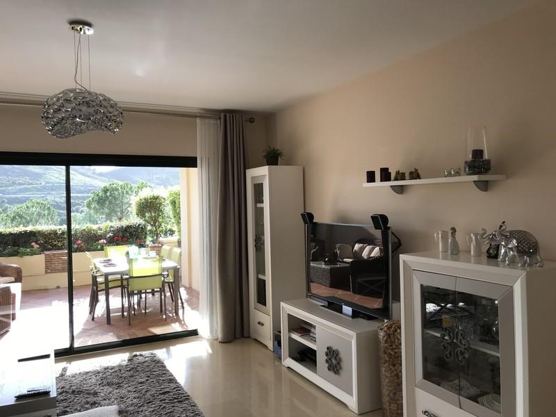 2 bed Property For Sale in Benahavís, Costa del Sol - thumb 10