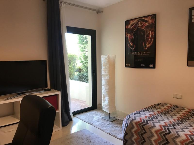 2 bed Property For Sale in Benahavís, Costa del Sol - thumb 18