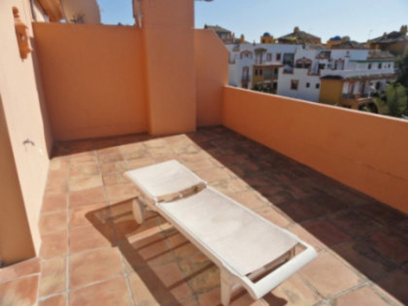 4 bed Property For Sale in Atalaya, Costa del Sol - thumb 11