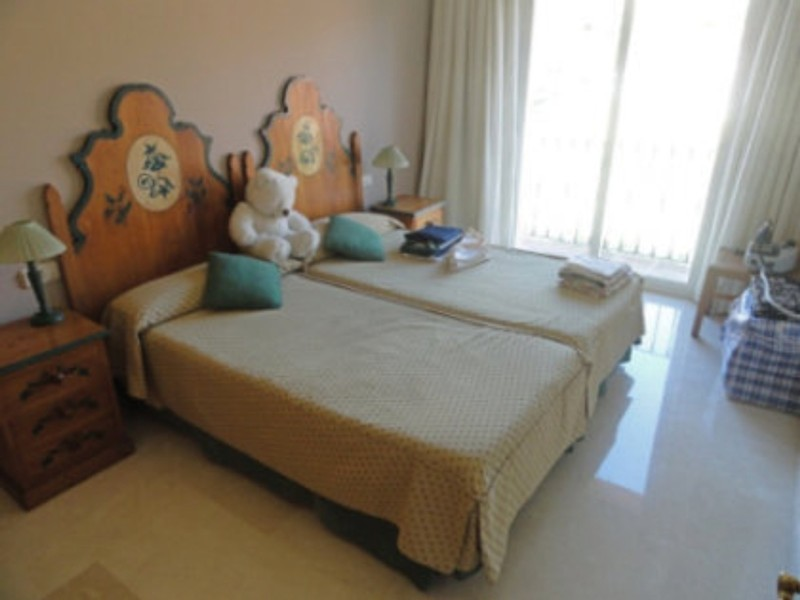 4 bed Property For Sale in Atalaya, Costa del Sol - thumb 16
