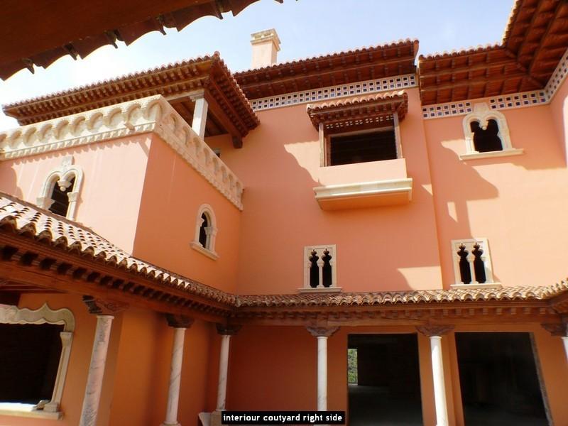 10 bed Property For Sale in La Zagaleta, Costa del Sol - 6