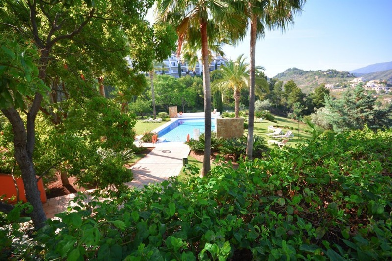 2 bed Property For Sale in La Quinta, Costa del Sol - 12