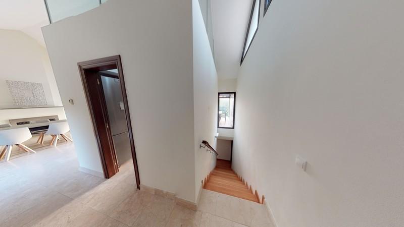 4 bed Property For Sale in Benahavís, Costa del Sol - 10