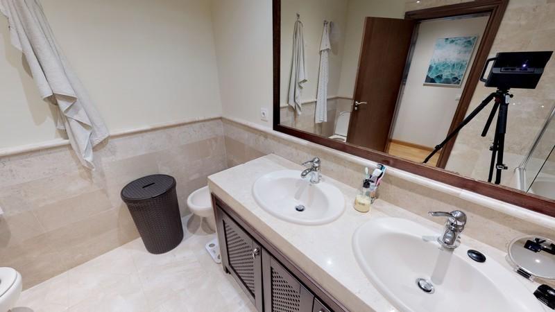 4 bed Property For Sale in Benahavís, Costa del Sol - 13