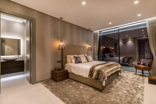 6 bed Property For Sale in El Madroñal, Costa del Sol - 5
