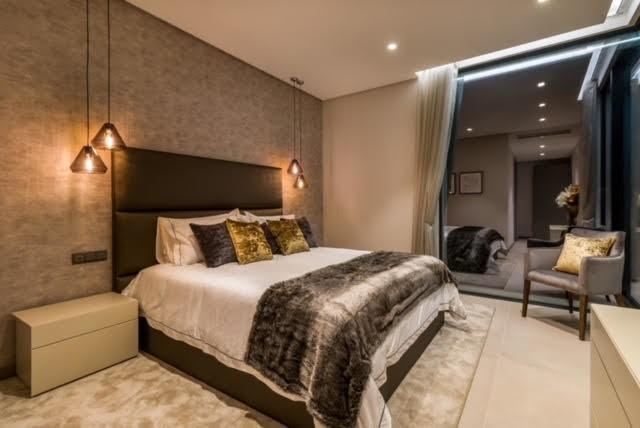 6 bed Property For Sale in El Madroñal, Costa del Sol - 11