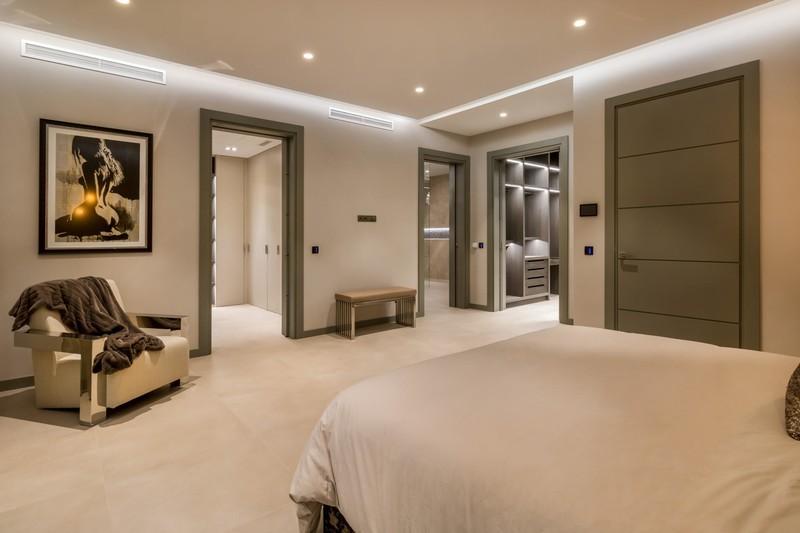 6 bed Property For Sale in El Madroñal, Costa del Sol - 20