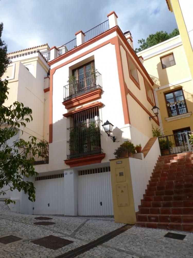 3 bed Property For Sale in La Heredia, Costa del Sol - 1