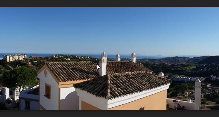 3 bed Property For Sale in La Heredia, Costa del Sol - 2