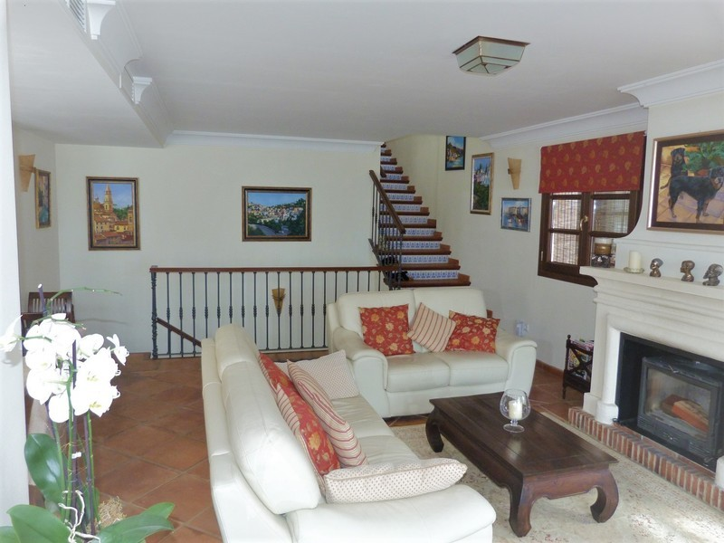 3 bed Property For Sale in La Heredia, Costa del Sol - 4