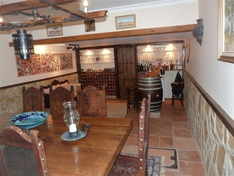3 bed Property For Sale in La Heredia, Costa del Sol - 6