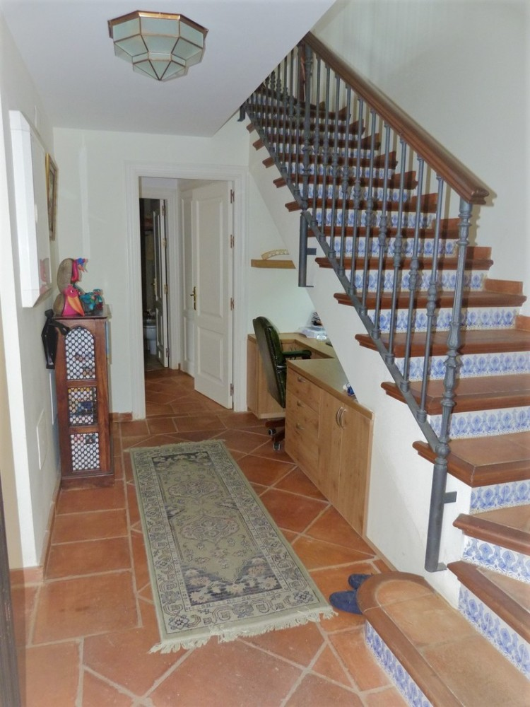 3 bed Property For Sale in La Heredia, Costa del Sol - 8