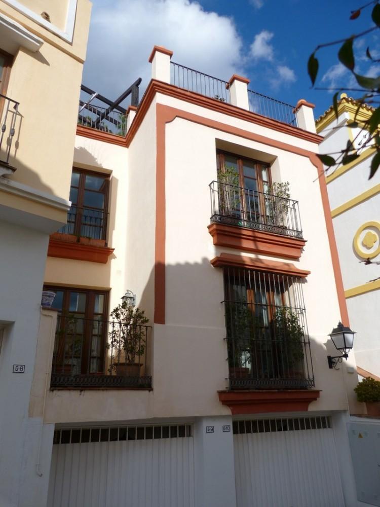 3 bed Property For Sale in La Heredia, Costa del Sol - 18