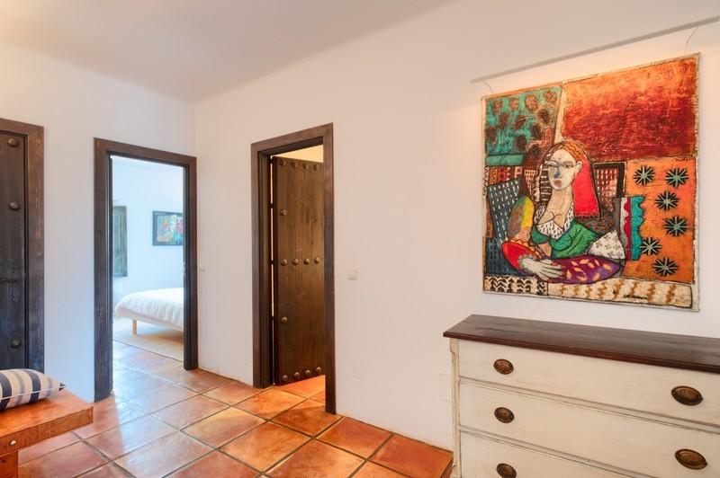 5 bed Property For Sale in El Madroñal, Costa del Sol - 27
