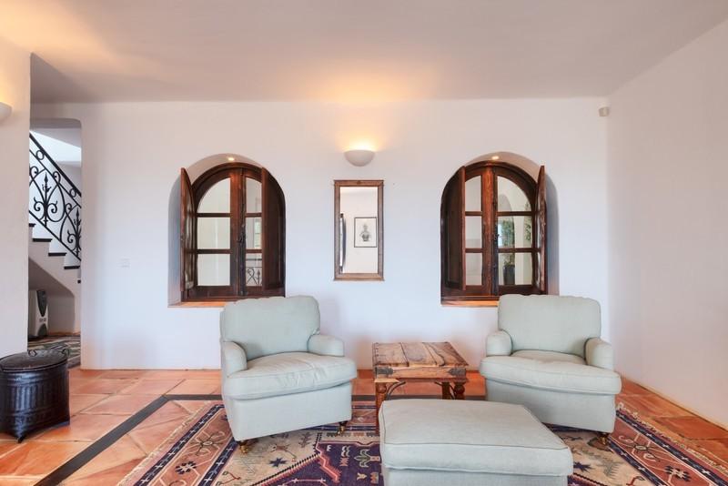 5 bed Property For Sale in El Madroñal, Costa del Sol - 29
