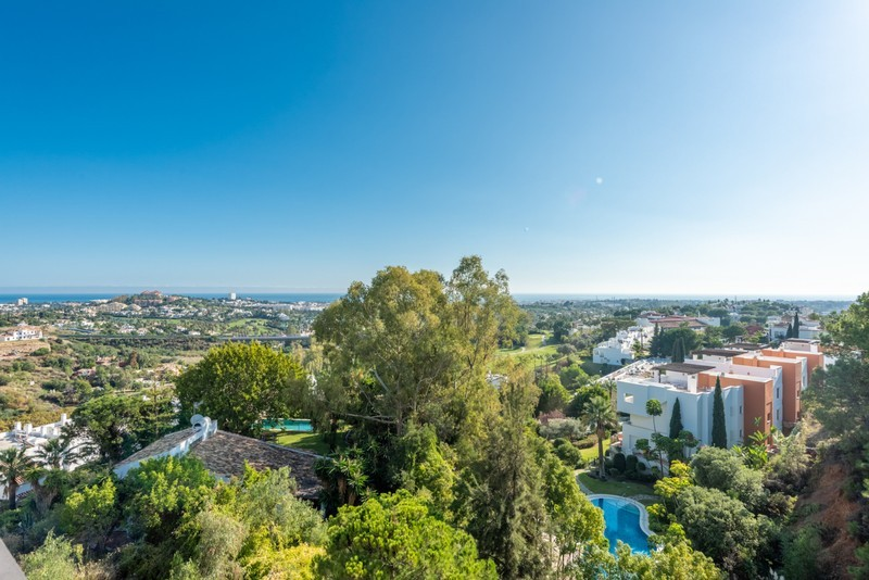 3 bed Property For Sale in La Quinta, Costa del Sol - 6