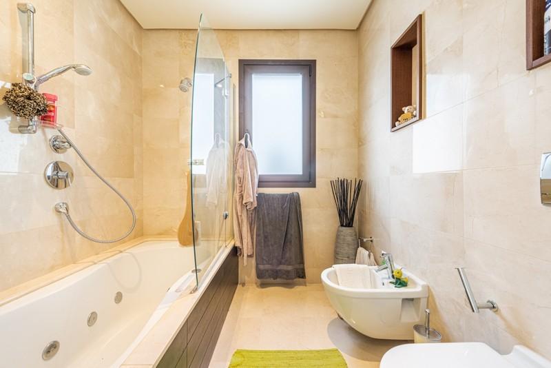 3 bed Property For Sale in La Quinta, Costa del Sol - 10