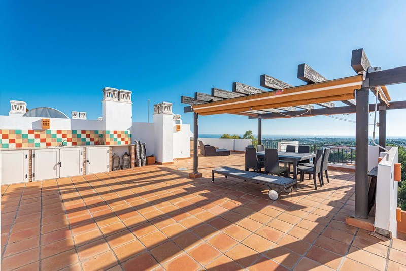 3 bed Property For Sale in La Quinta, Costa del Sol - 16