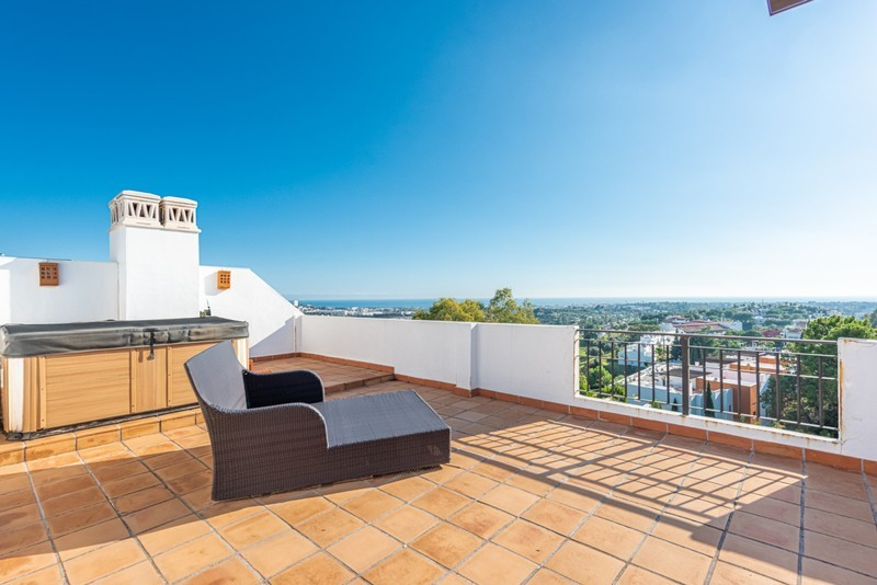 3 bed Property For Sale in La Quinta, Costa del Sol - 19