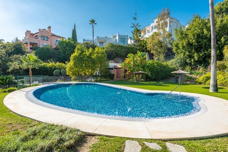 3 bed Property For Sale in La Quinta, Costa del Sol - 21