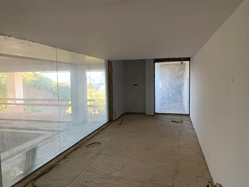 6 bed Property For Sale in La Zagaleta, Costa del Sol - 19