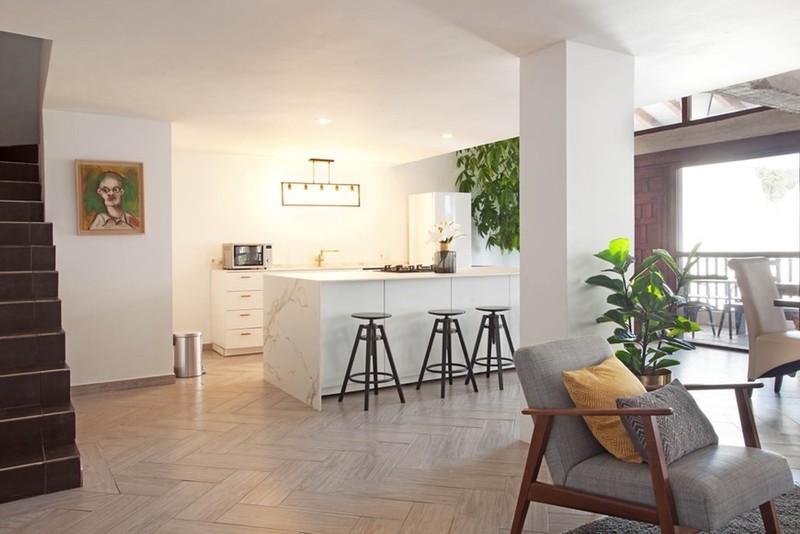 2 bed Property For Sale in Benahavís, Costa del Sol - 8
