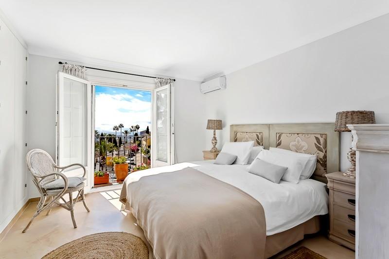 3 bed Property For Sale in La Heredia, Costa del Sol - 20