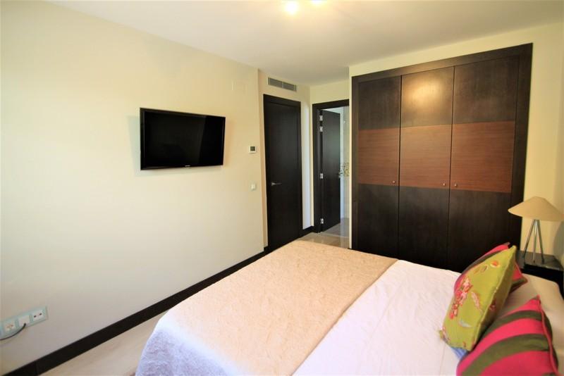 3 bed Property For Sale in Benahavís, Costa del Sol - 28