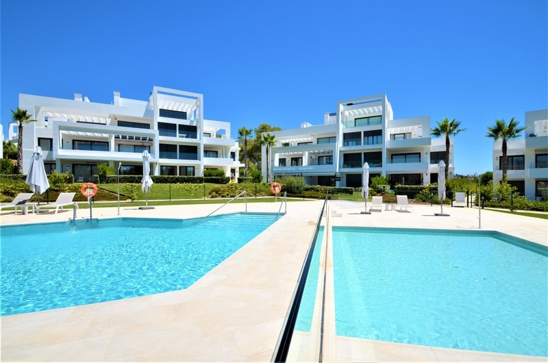 2 bed Property For Sale in Atalaya, Costa del Sol - 1