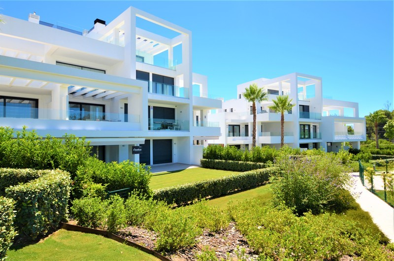 2 bed Property For Sale in Atalaya, Costa del Sol - 9