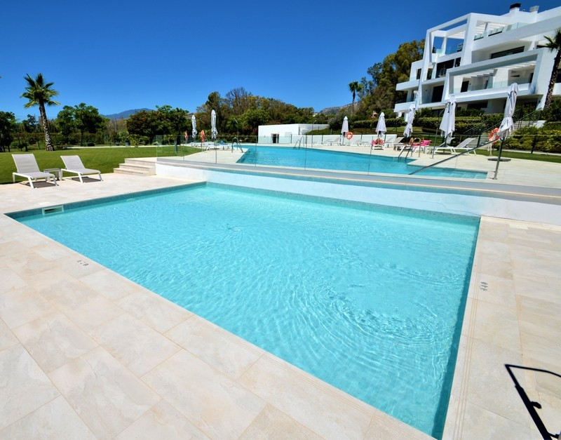 2 bed Property For Sale in Atalaya, Costa del Sol - 11