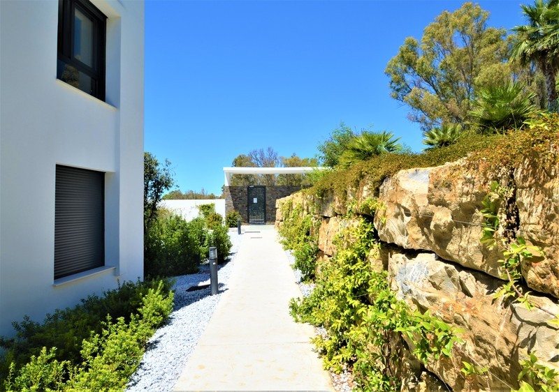 2 bed Property For Sale in Atalaya, Costa del Sol - 14