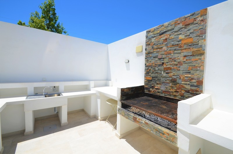 2 bed Property For Sale in Atalaya, Costa del Sol - 16