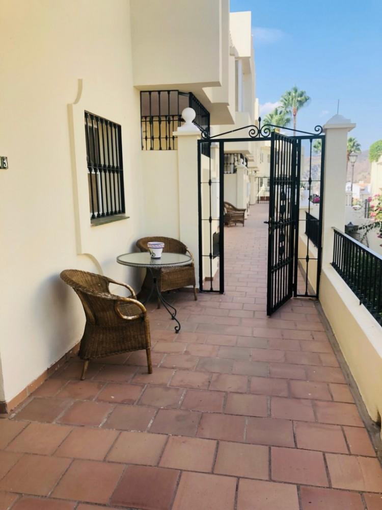 2 bed Property For Sale in La Quinta, Costa del Sol - 2
