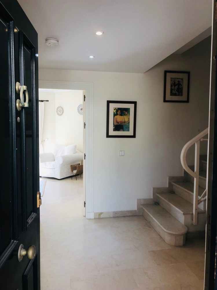2 bed Property For Sale in La Quinta, Costa del Sol - 3