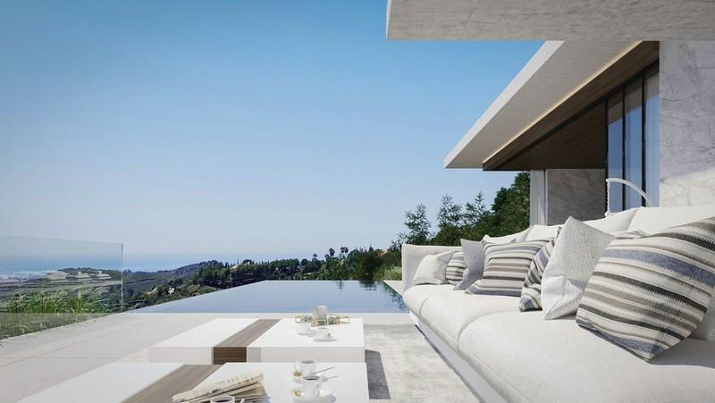 5 bed Property For Sale in El Madroñal, Costa del Sol - thumb 2