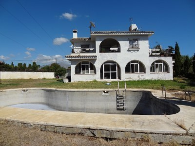 24 bed Property For Sale in Atalaya, Costa del Sol - 5