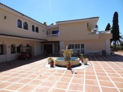 24 bed Property For Sale in Atalaya, Costa del Sol - thumb 8