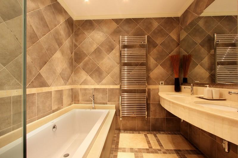 6 bed Property For Sale in El Madroñal, Costa del Sol - thumb 10