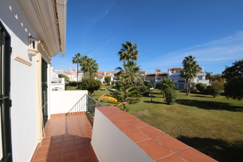 3 bed Property For Sale in Atalaya, Costa del Sol - 7