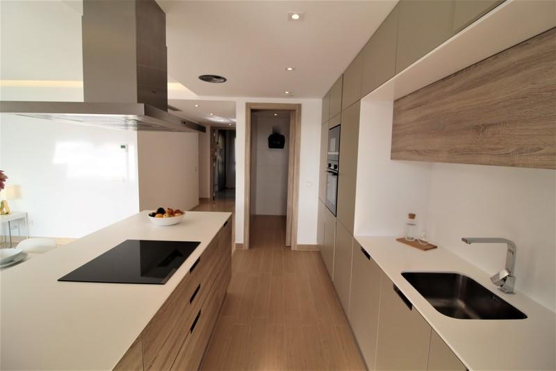 3 bed Property For Sale in Benahavís, Costa del Sol - 4