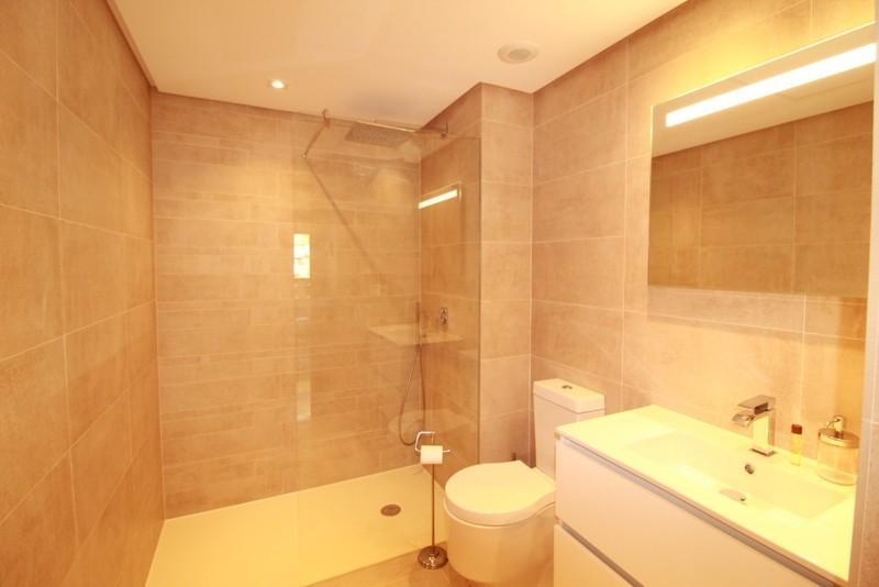 3 bed Property For Sale in Benahavís, Costa del Sol - 19