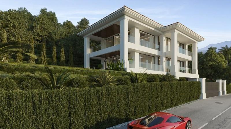 4 bed Property For Sale in El Madroñal, Costa del Sol - 2
