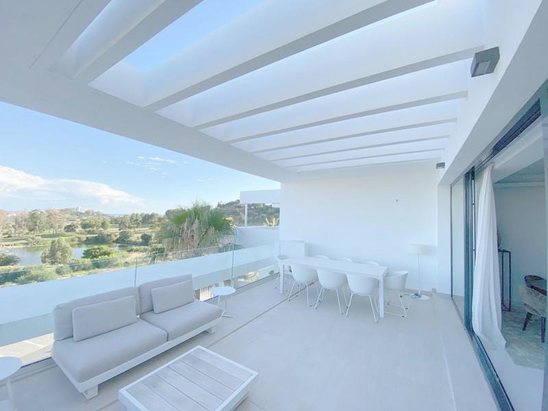 3 bed Property For Sale in Benahavís, Costa del Sol - 8