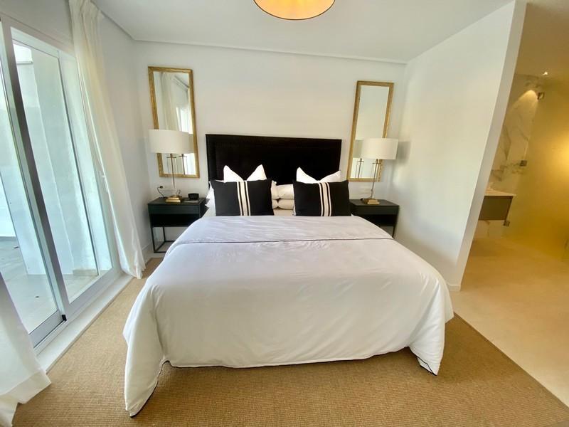 3 bed Property For Sale in La Quinta, Costa del Sol - 5