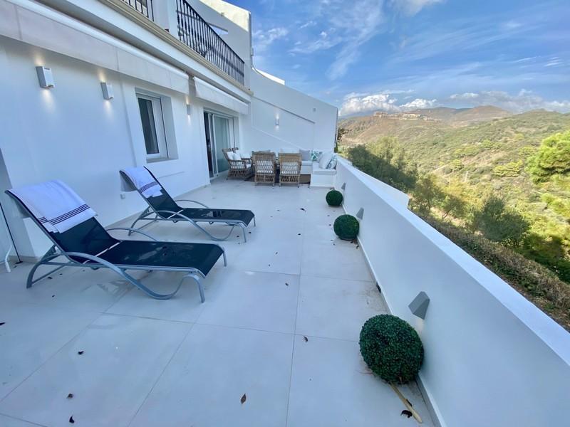 3 bed Property For Sale in La Quinta, Costa del Sol - 13
