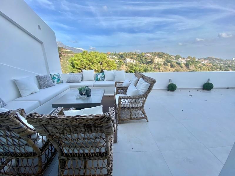 3 bed Property For Sale in La Quinta, Costa del Sol - 15