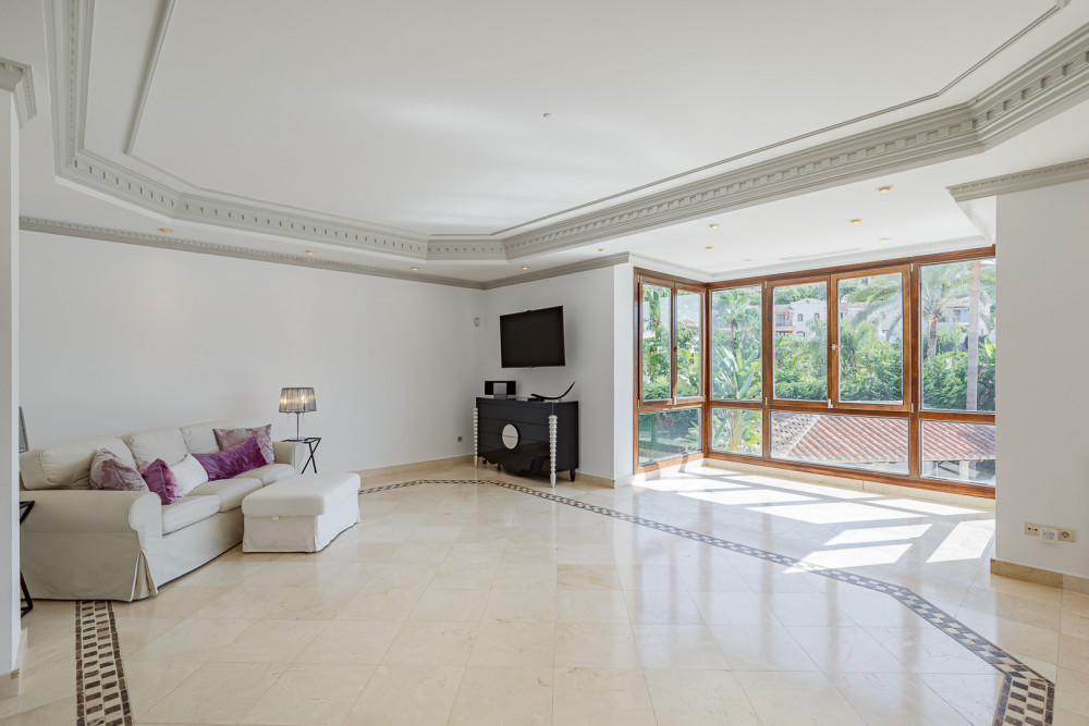 6 bed Property For Sale in Malaga,  - thumb 9