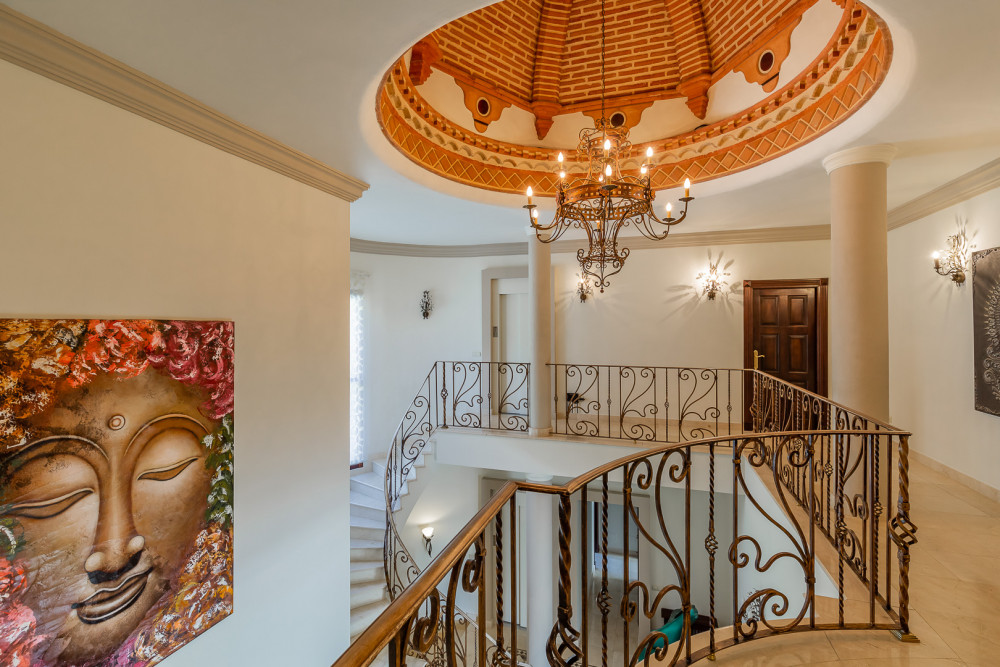 6 bed Property For Sale in Malaga,  - thumb 10