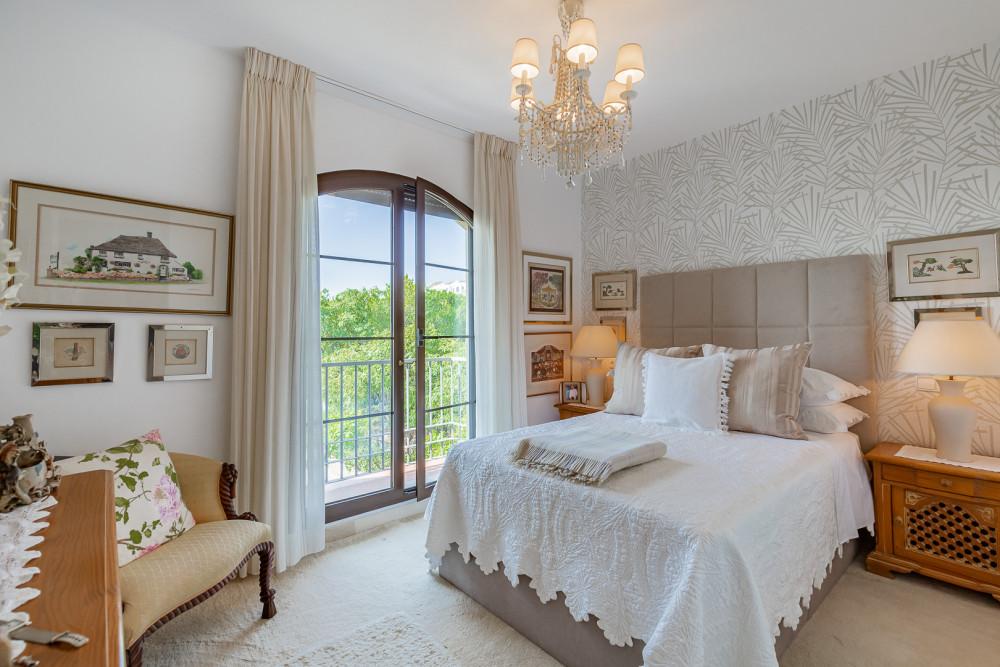 4 bed Property For Sale in Benahavis,  - thumb 11